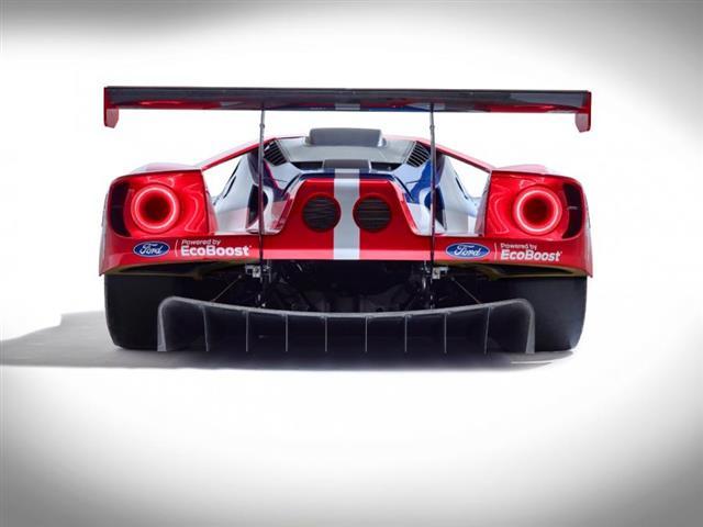 Nuova Ford GT versione GTE presentata a Le Mans