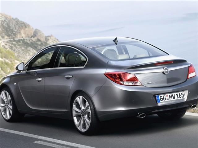 Opel Insignia: razionalità costruttiva