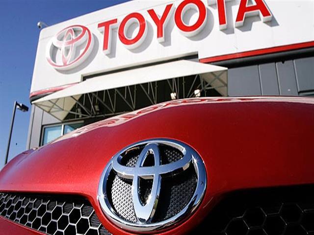 Toyota: 6,5 milioni di automobili richiamate