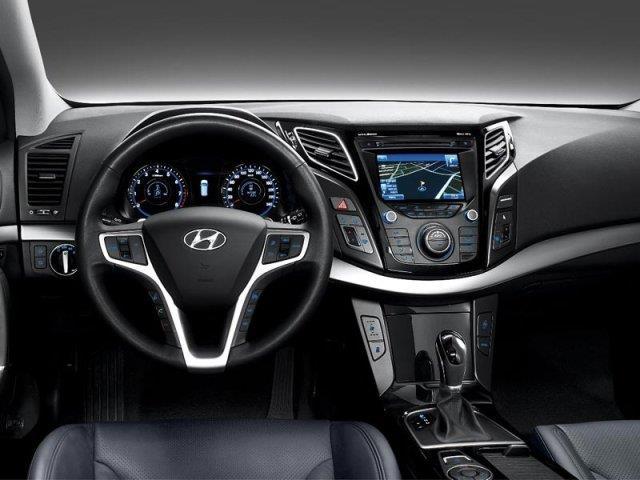 Hyundai i40: operazione spazio