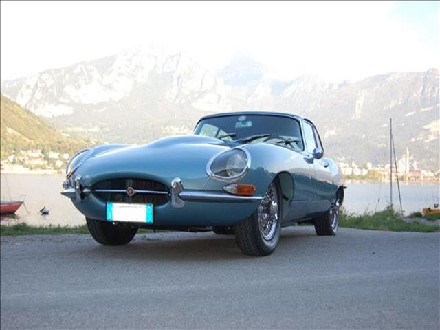 Jaguar E-Type: automobile evento 1961