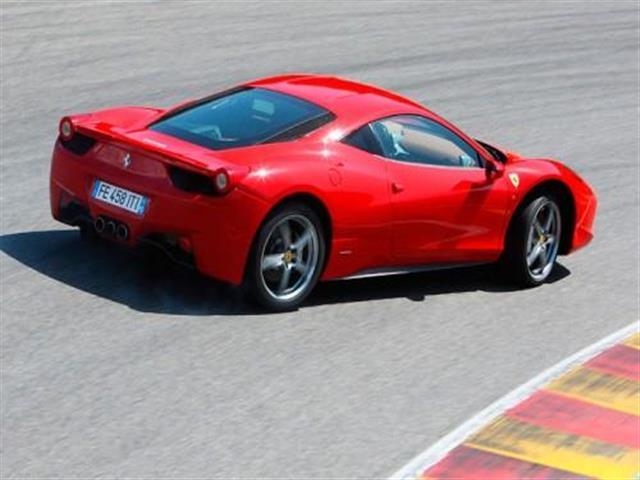 Ferrari 458 Italia: la sportività a 9.000 giri