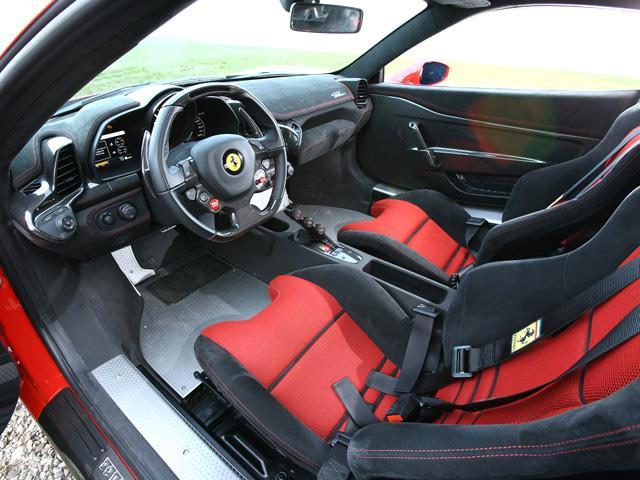 Ferrari 458 vs Lamborghini Huracàn