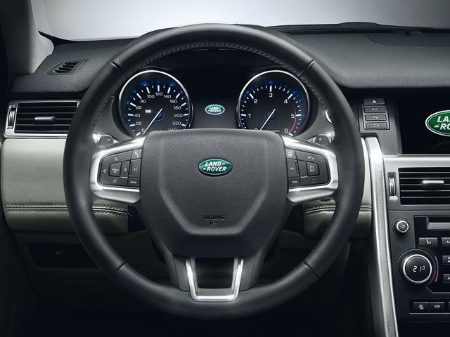 Land Rover Discrovery Sport conquista il mercato