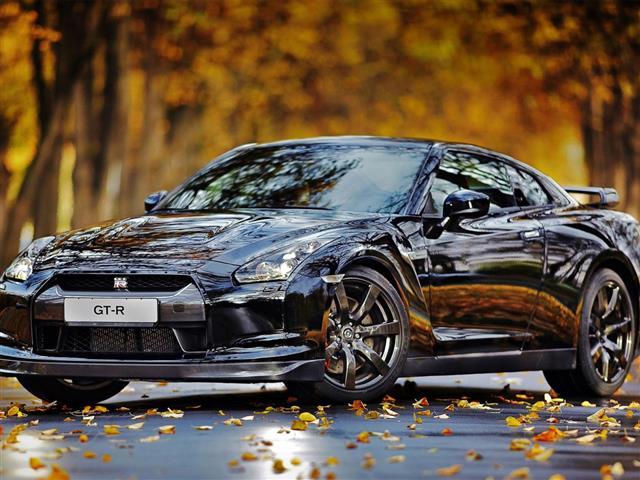 Nissan GT-R: l'anti Porsche per eccellenza