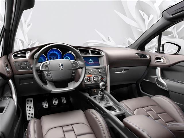 Citroen DS4: berlina, coupé o crossover?