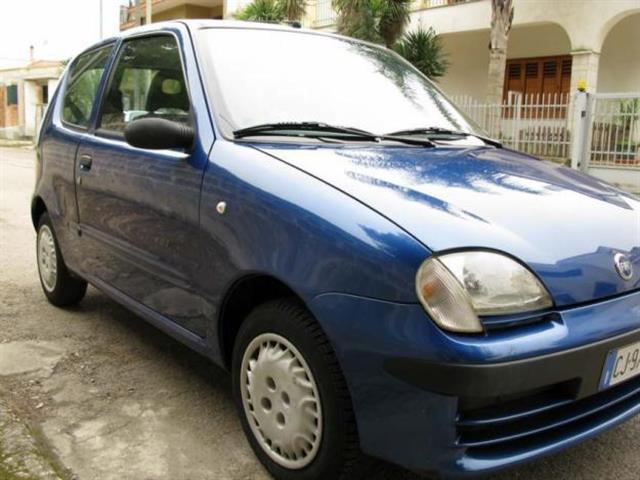 Una Fiat 600 comoda ma senza ausili elettronici
