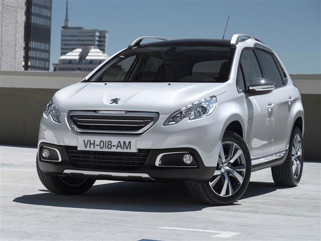 Nuova Peugeot 2008: crossover compatta