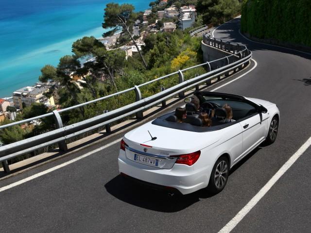 Lancia Flavia: il rilancio in versione cabrio