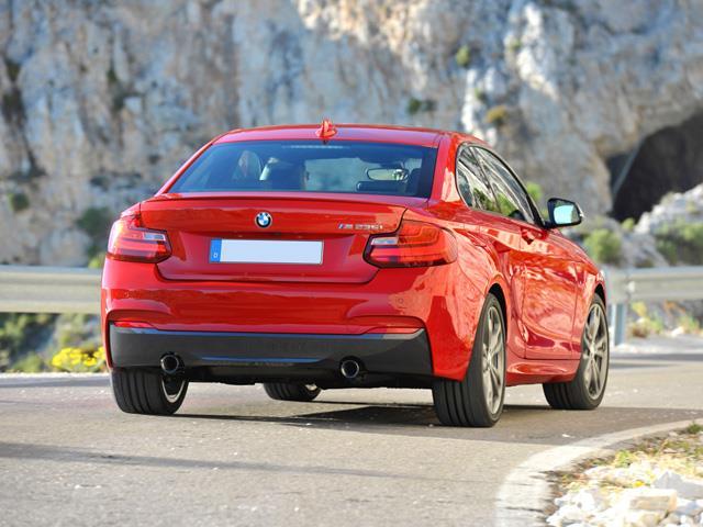 BMW M235i non teme le grandi sfide