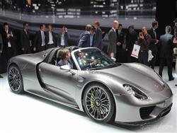 Porsche 918 Spyder: potentissima roadster ibrida