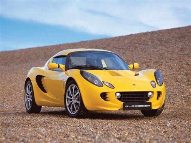 Lotus Elise: leggerezza e potenza